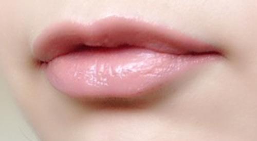 ぽってり唇のメイク方法