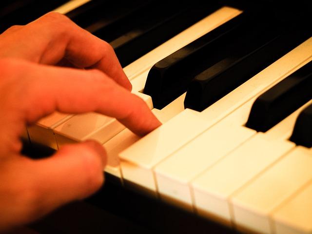 ピアノのレッスン・電子ピアノ