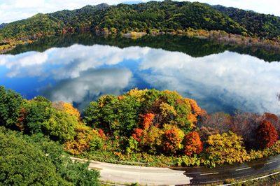 シューパロ湖 紅葉