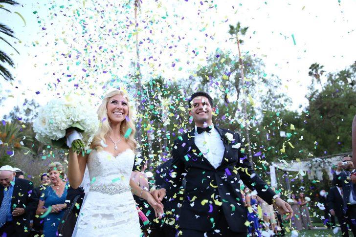 結婚式のフラワーシャワー