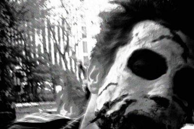 ハロウィンのゾンビの仮装